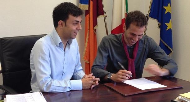 Com.stampa. Pres.Barletta e Ass.Della Porta inaugurano la prima Bibliocabina di Roma