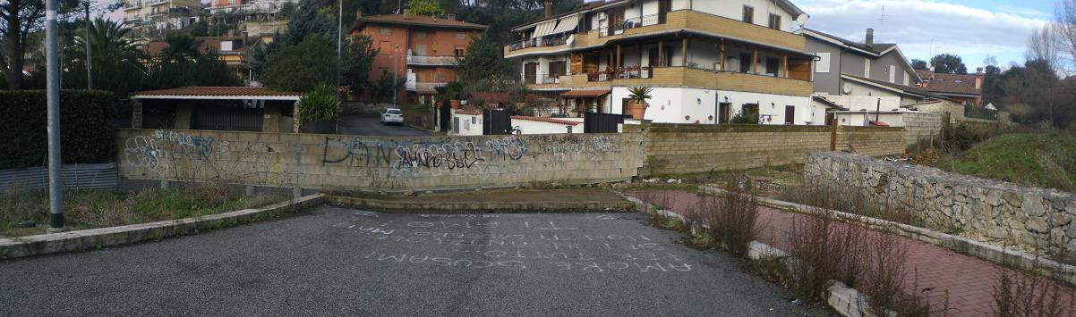 Muro via Andrea Barbato